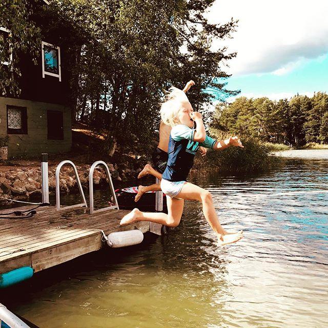#kesä #vieläuskotaan #elokuu #uimaan #pommillamereen #gumbostrand #sipoo