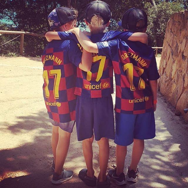 3 X @antogriezmann @fcbarcelona #17 ¡visca barca! #kesä #kesäleiri #hnmky #football #laliga