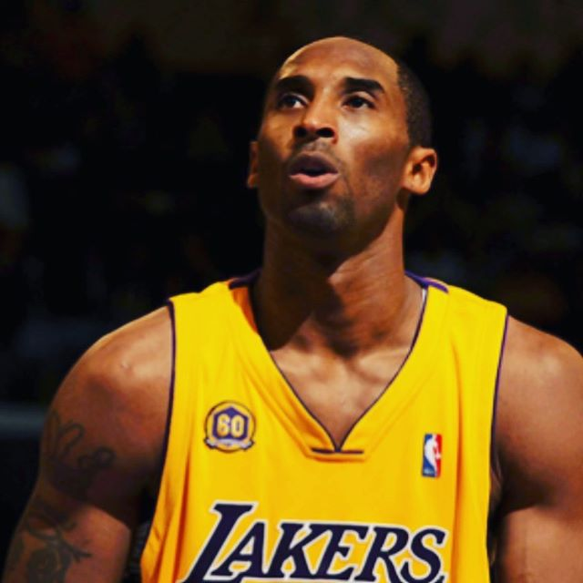 Kobe, THE Legend. Parempia donkkeja yläkertaan. RIP.@kobebryant @mph @malminpalloiluhalli